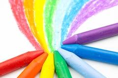 Regenbogen-Zeichenstiftzeichnung des Kindes Stockbilder