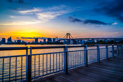 Regenbogenbrücke Sonnenuntergang Lizenzfreie Stockfotos