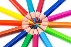 Regenbogenhintergrund mit Bleistiften stockfotos
