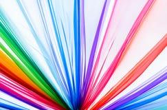 Regenbogenkleidung für Hintergrund, Beschaffenheit Stockfotografie