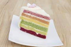 Regenbogenkuchen Lizenzfreie Stockfotos