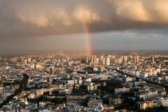 Regenbogenpanorama von Paris lizenzfreie stockfotografie