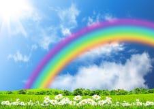 Regenboog in de blauwe hemel Stock Foto's