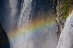 Regenboog in de Dalingen van het Water Royalty-vrije Stock Foto