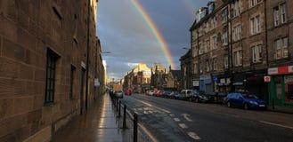 Regenboog in Edinburgh royalty-vrije stock afbeeldingen