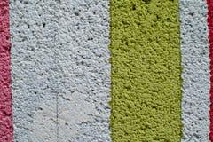 Regenboog kleurrijke bakstenen muur Stock Foto's