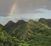 Regenboog over de Bergen van Maui royalty-vrije stock afbeeldingen
