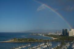 Regenboog over Honolulu Royalty-vrije Stock Afbeelding