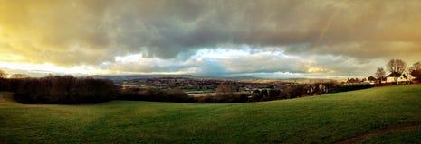 Regenboog over landschap Royalty-vrije Stock Afbeelding