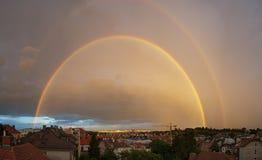 Regenboog over Wenen Royalty-vrije Stock Afbeelding