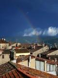 Regenboog, stad, Toscanië Stock Afbeeldingen