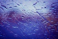 Regendruppels op een venster Royalty-vrije Stock Foto's
