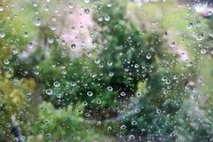 Regendruppels op Glas royalty-vrije stock fotografie