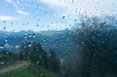 Regendruppels op glaskabelbaan Royalty-vrije Stock Afbeelding