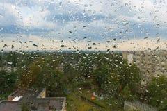 Regendruppels op het glas Royalty-vrije Stock Fotografie