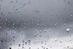 Regendruppels op het venster Regenachtig weer, regen Royalty-vrije Stock Fotografie