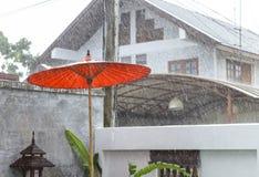 Regenende dag in Thailand royalty-vrije stock foto's