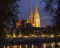 Regensburg en la noche Imagen de archivo