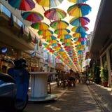 Regenschirmstraße stockbilder