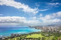 Regensturm, der über Honolulu sich klärt lizenzfreie stockfotos