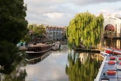 Regent-Kanal London im Sommer lizenzfreies stockbild