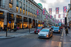 Regent Street à Londres, R-U, au crépuscule Photo libre de droits