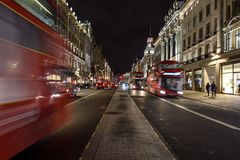 Regent Street bij nacht stock foto