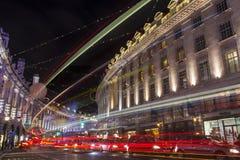 Regent Street i London på jul Arkivbild