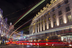 Regent Street in London am Weihnachten Stockfotografie