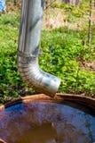 Regenwater in een groot vat royalty-vrije stock foto