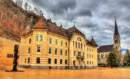 Regerings- byggnad i Vaduz Arkivbilder