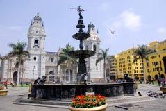 Regerings- slott på Plaza de Armas Royaltyfri Fotografi