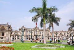 Regerings- slott på Plaza de Armas Arkivbild
