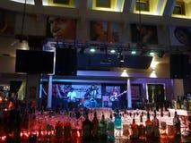 Reggaeband Anleitungs-Band staut an der Krone Stockfoto