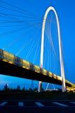 Reggio Emilia, Italien-- Calatrava Brücken nachts Lizenzfreies Stockbild