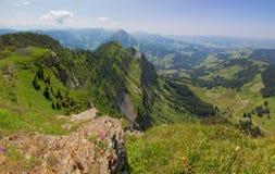 Região de Entlebuch, Suíça, montes dos cumes Foto de Stock Royalty Free