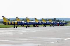 Región de Moscú - 21 de julio de 2017: Aviones de entrenamiento del aerobati Fotos de archivo
