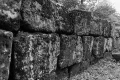 Regia de Sarmisegetusa, ruínas velhas em Transilvania, montanhas de Orastie, Romênia foto de stock royalty free
