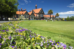 Regierungs-Gärten und Museum, Rotorua, Neuseeland lizenzfreie stockfotos