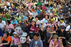 Regierungsfeindliche die Volksarmee-Gruppen-Sammlung in Bangkok Lizenzfreies Stockfoto