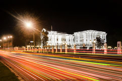 Regierungsgebäude in Skopje stockfotos