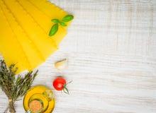 Κίτρινα ζυμαρικά Reginette Lasagna με το διάστημα αντιγράφων Στοκ Εικόνα