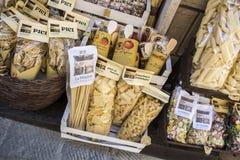 Regional mat runt om Montepulciano, Siena Province, Tuscany, Ita royaltyfri bild