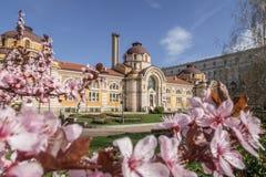 Regionalt historiemuseum av Sofia under våren royaltyfri fotografi