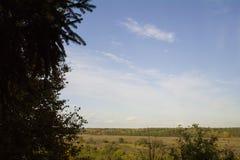 Regione di Tula, fiume Oka ed i campi attorno Immagine Stock