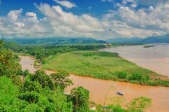 Regionen av den guld- triangeln, sikten från Thailand till Burman Arkivfoto