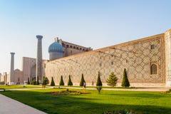 Registan广场,撒马而罕 免版税库存图片