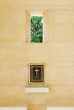 Register för kyrkogård för solider för världskrig två i Kanchanaburi, Thailan royaltyfria foton