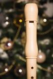 Registrador blanco cerca de un árbol del Año Nuevo Fotografía de archivo libre de regalías