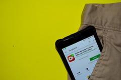 Registrador de la pantalla para el juego, llamada video, uso video en línea del revelador en la pantalla de Smartphone imagen de archivo